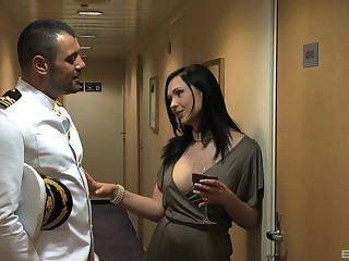 Brunette Underwriter Summer gets brutally fucked away from be transferred to captain