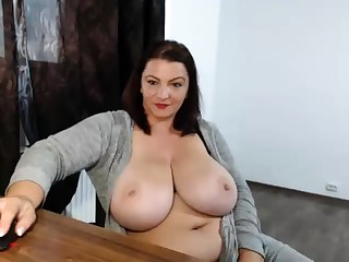 Drunk fat nerdy with beamy interior showing off on webcam