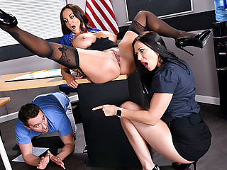 Tutors Three Way Fuckfest in Classroom
