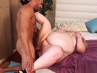 ssbbw close to fat special gets fucked