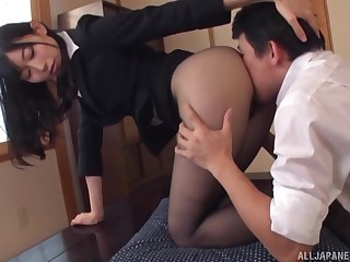 Hot Japanese woman tries hard sexual connection at work with the new guy