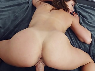 Sweetie rides in excellent modes while filmed in POV