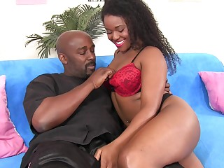 Exceedingly deserted black whorish GF Charlie Rae loves intense missionary