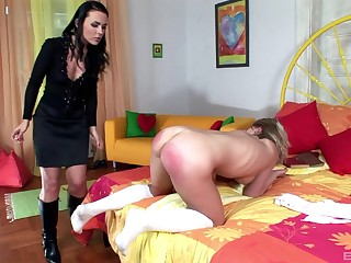Taylor Lynn spanks ass of her womanlike lackey girl Sophie Angel