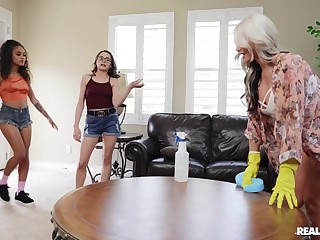 Naked beauties share their pansy passion in a kinky home play