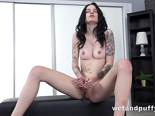 Debra Dee down Tattooed Teen Toying at PuffyNetwork
