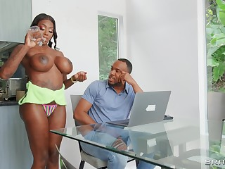 Fake pair slut Malicious Mystique moans during hardcore having it away