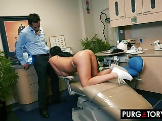 Smoking hot brunette nigh big tits is having hardcore intercourse nigh her handsome dentist, in his place
