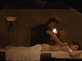 Passionate late night bonking during a massage with a hottie
