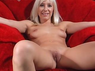 Shaved pussy amateur Karlie Simon enjoys pleasuring her cravings