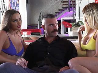 One pretended locate is middling nigh please Abigail Mac and Madelyn Monroe