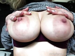 Just Amateur Latina Teen With Big Boobs on Webcam